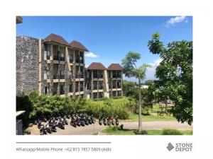exterior-wall-cladding-bali-lava-stone-baobab-safari-resort
