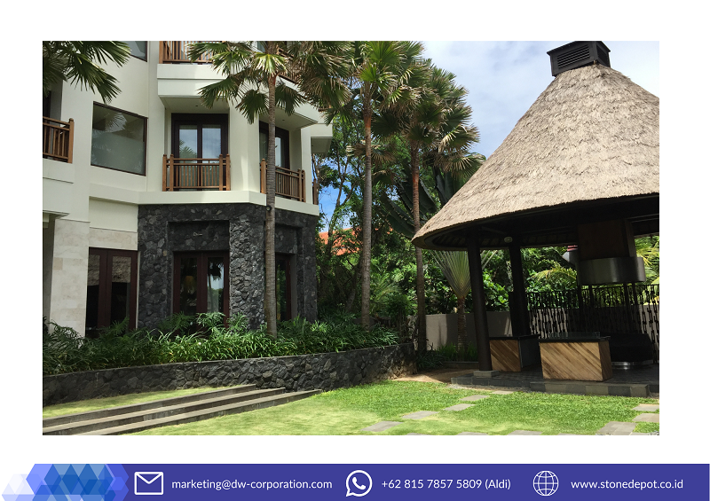black-natural-stone-wall-cladding-holiday-inn-bali